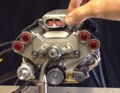 1/4 scale V8 engine built entirely on manual mills and lath