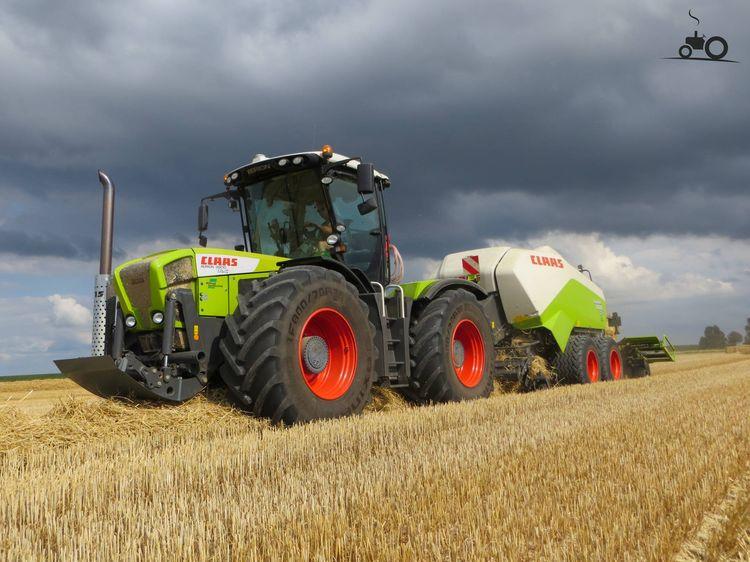 claas xerion 3800 trac op tractorfan