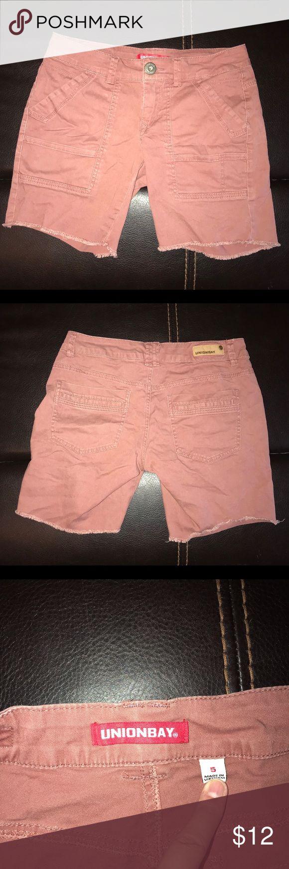 Unionbay Midi Juniors Shorts 5 Gently loved   junior's size