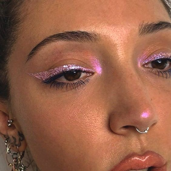 12 Festive Christmas Makeup Ideas