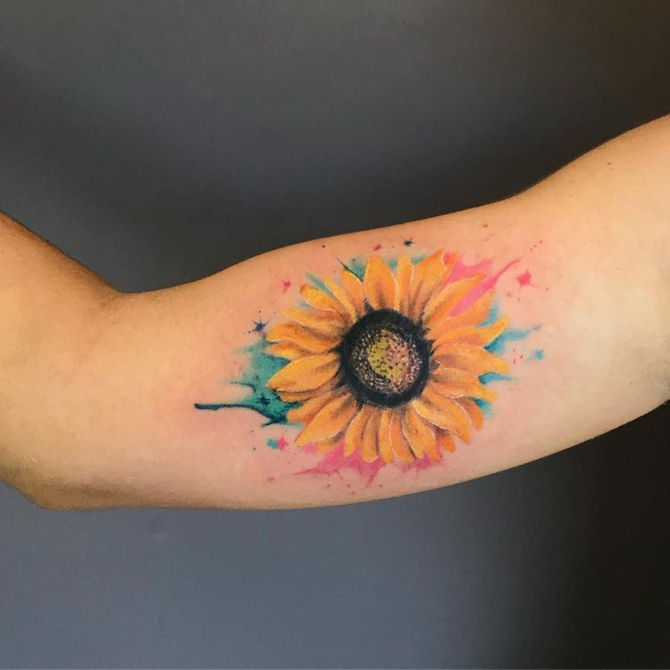 23340a710be2f Celebrate the Beauty of Nature with these Inspirational Sunflower Tattoos -  KickAss Things