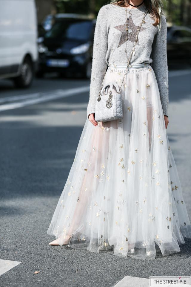 Sonya Esman Outside Dior   Paris Fashion Week SS18 475b3df4b9d46