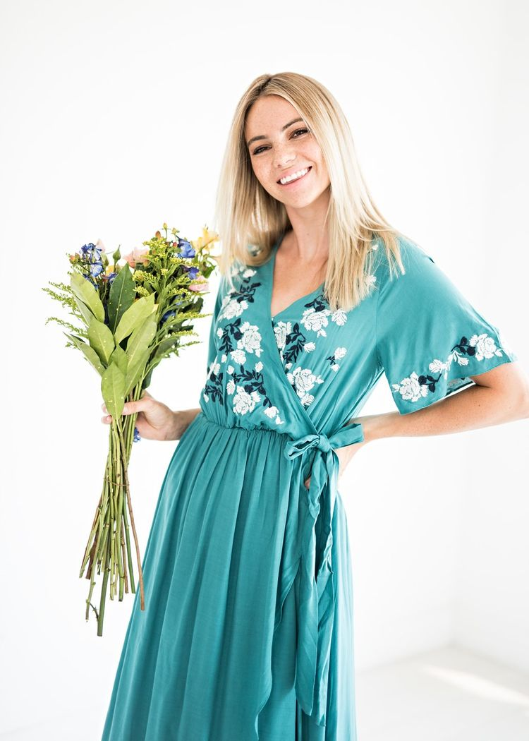 9712368a3c3 Rosebuds and Romance Maxi Dress in Teal
