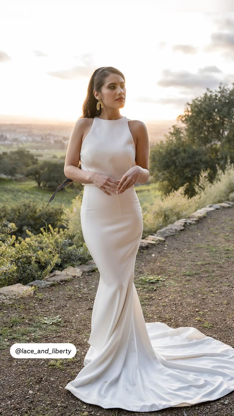 7 Bridal Fashion Trends and What Venue They Look Best In (2021-2022) 3