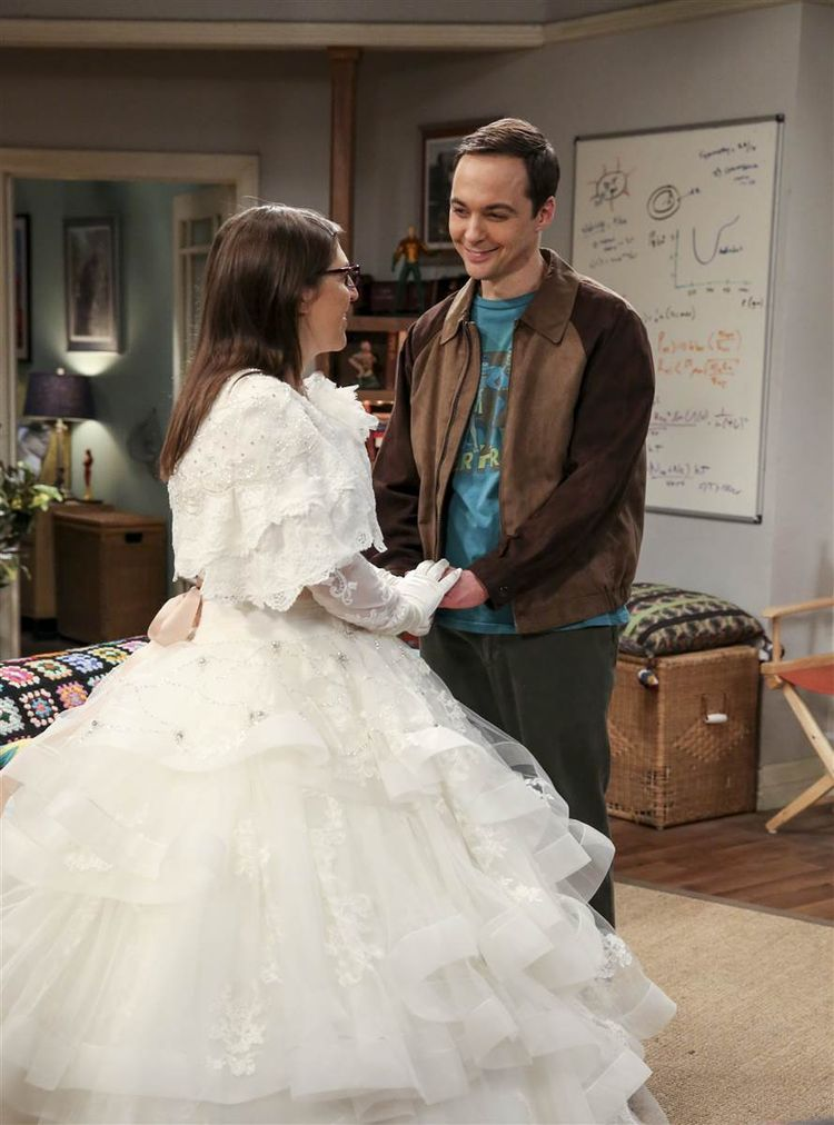 #TBBT - Mayim Bialik reveals why wearing a wedding dress on 'Big Bang Theory' was 'hard' - TODAY.com