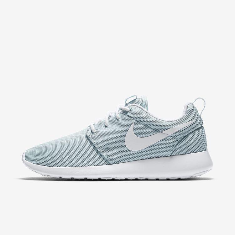 fbe5623f2afb Nike Roshe One Women s Shoe - 11.5