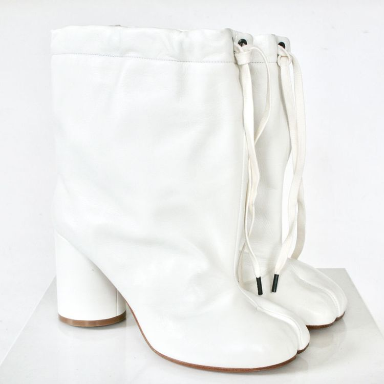 7fcab9228da MAISON MARTIN MARGIELA split toe white leather high heel shoes tabi boots  38 NEW  MaisonMartinMargiela  SlouchBoots  CasualDressParty