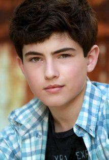 Ian Nelson (District 3 Tribute Girl)