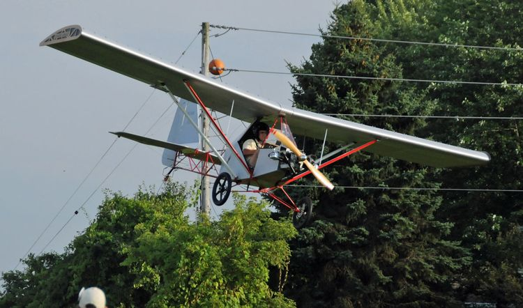 Legal Eagle ultralight landing at
