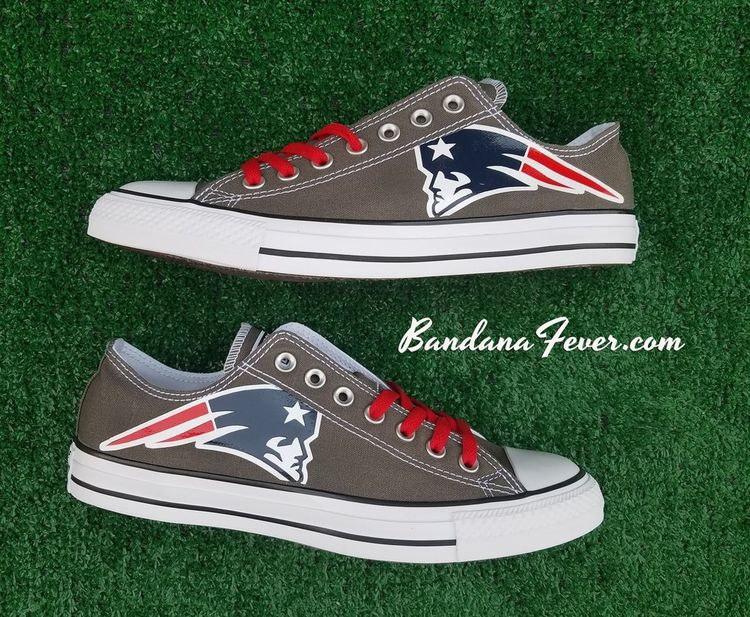 9c24d91fc1f707 Customized New England Patriots Converse Sneakers