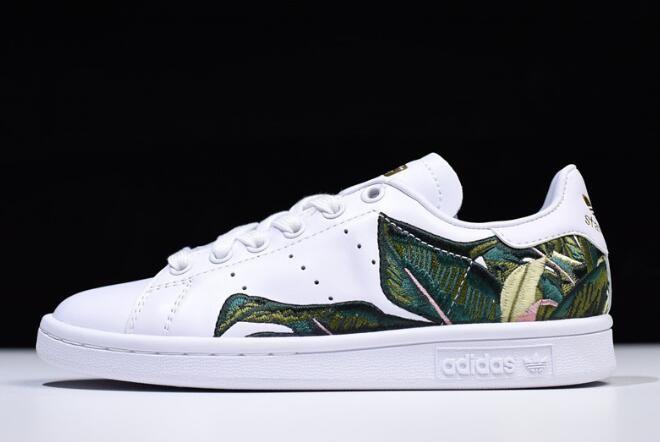 e8f79fd72db Women s adidas Originals Stan Smith White Green Golden B28012