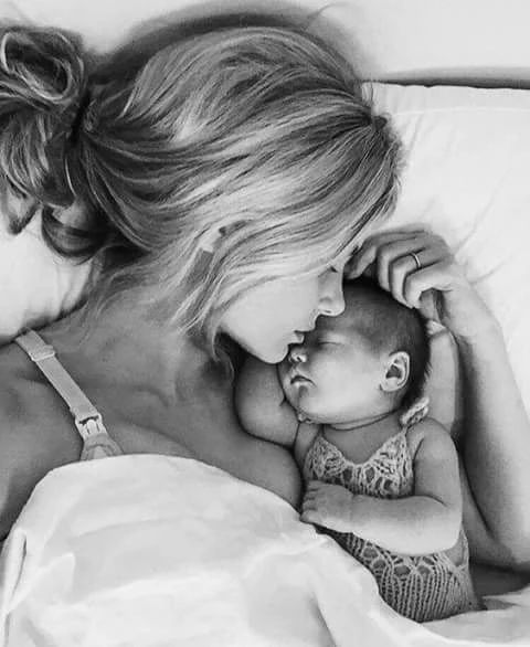 Фотография - Bebe et maman - baby and mother