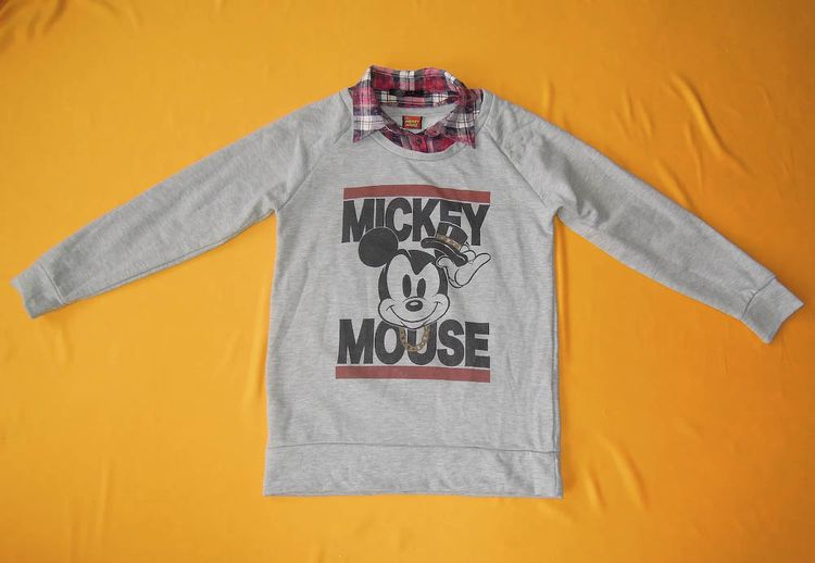 655e9f440a5 Mickey Mouse Sweater Vintage 90s Disney Signature Pullover
