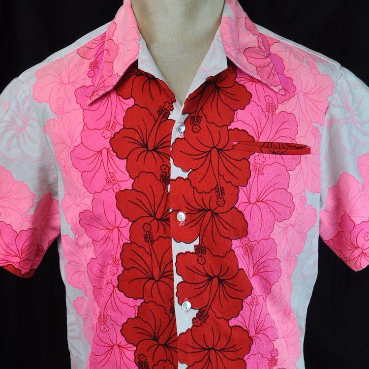 2c0efff6 Vtg Ui-Maikai Pink Hibiscus Floral Barkcloth Medium Mens Hawaiian Shirt  Aloha