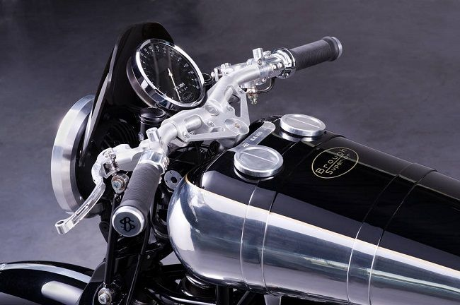 The New Brough Superior SS100 Motorcycles - Men's Gear