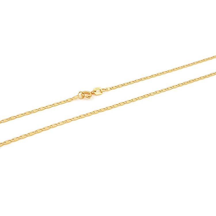 Esta é a elegante e delicada Corrente Piastrine em Ouro 18k com elos mini,  perfeita para mulheres que gostam de andar sempre na moda, porém, ... d43432fd55