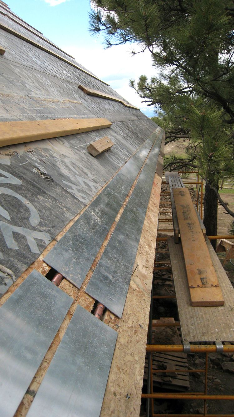 Thermofin Extruded Aluminum Heat Transfer Plates For Radiant Heating Are Used In This Project Snow And Ice Melting On A Roof