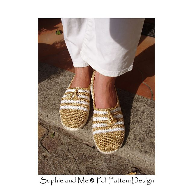 b0e337a1b5783b Gold and White Slippers pattern by Sophie and Me-Ingunn Santini
