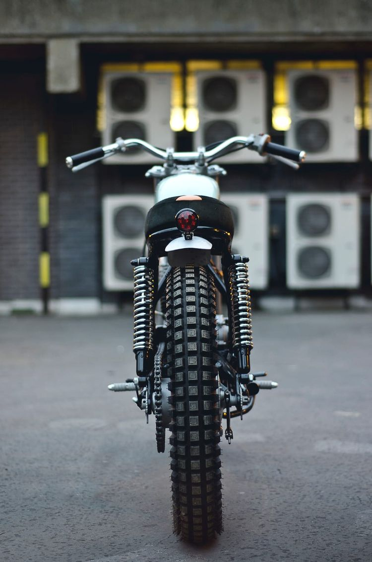47 PHOTOS PROVING AUTO FABRICA MAKES KILLER CUSTOM MOTORCYCLES Some of the best around. BENJAMIN COOPERSEP 29, 2014
