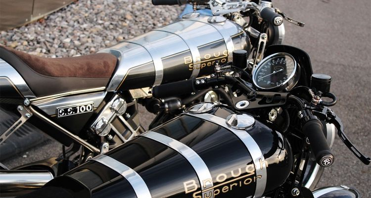 Back in January, we reported that the long-defunct Brough Superior SS100 was to be revived with a modern twist, thanks to new company custodian Mark Upham. The latest news from the company's Austrian headquarters is that the production version is ready, and is currently being displayed at the EICMA showcase in Milan ahead of the start of production at its newly built factory in Toulouse.