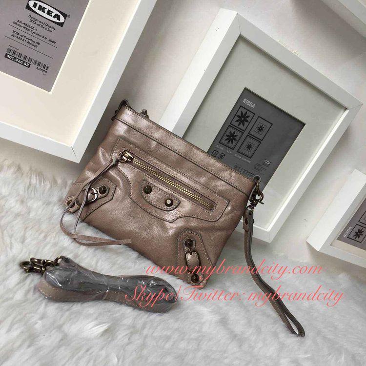 7812bb088c603a Balenciaga ~ easygoing small clutch~