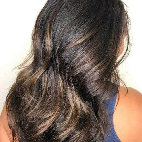 20 Dunkelbraune Haare Mit Blonden Strähnen Aufpeppen
