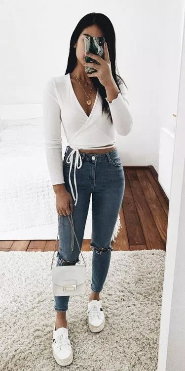 45+ Cute Summer Outfits You Should Already Own - Wass Sell #summeroutfits #cuteoutfits #summerfashion #womensfashion