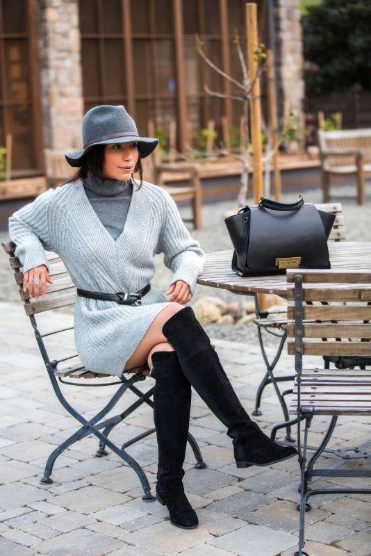 ca784b359fe How to Wear a Grey Turtleneck Sweater Dress