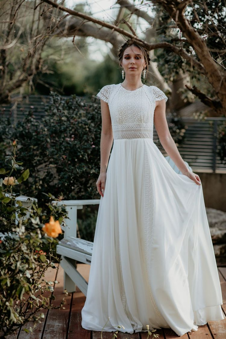 Manica corta Womens Dress, vintage, avorio, Inspirational BOHO, scollo a barca, uncinetto, chiffon, pizzo geometrico, matrimonio sulla spiaggia, KALA KALA