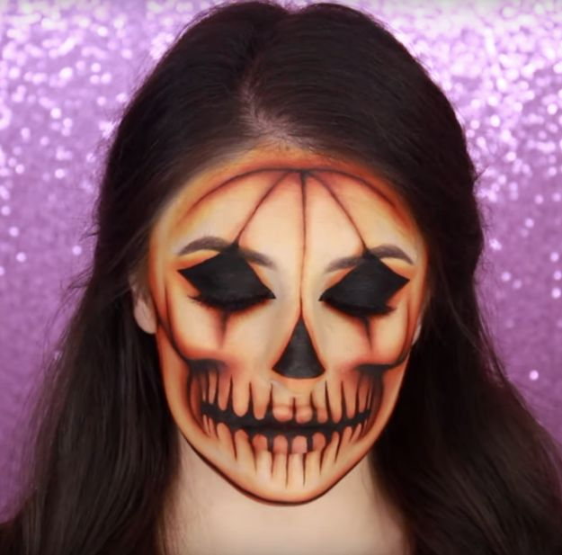This Quiz Will Tell You What Spooky Halloween Makeup You Should Try