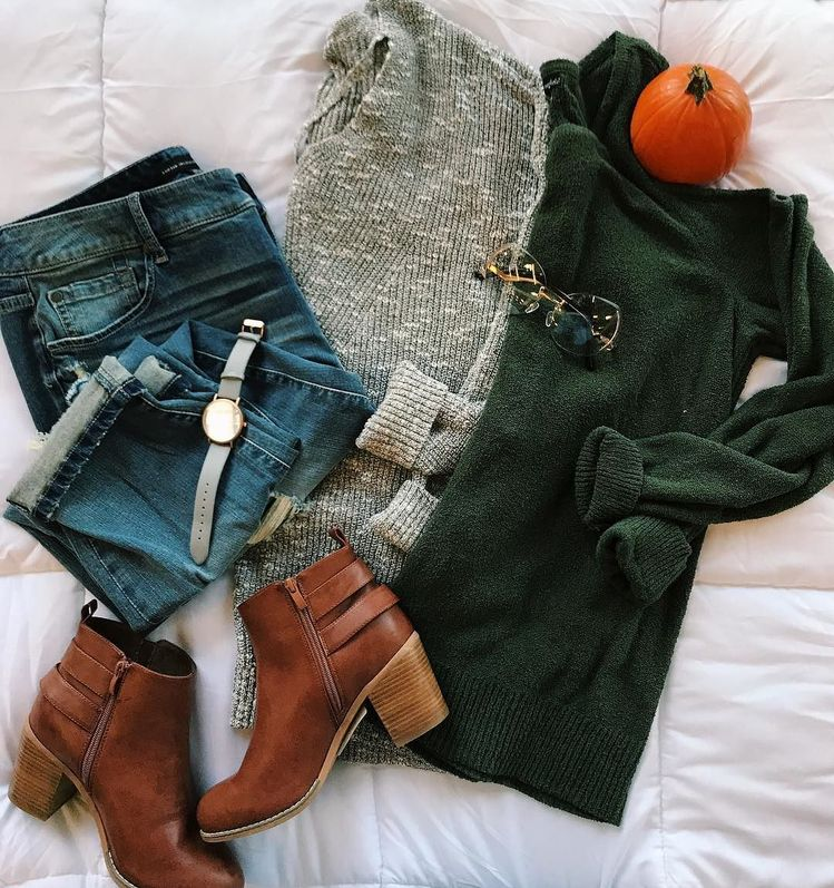 We are more than happy to welcome the first day of #Fall today! #thesecurves #ootd #FirstdayofFall