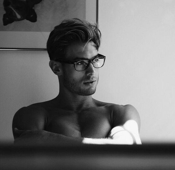 Hübsche männer bilder - ereswecti