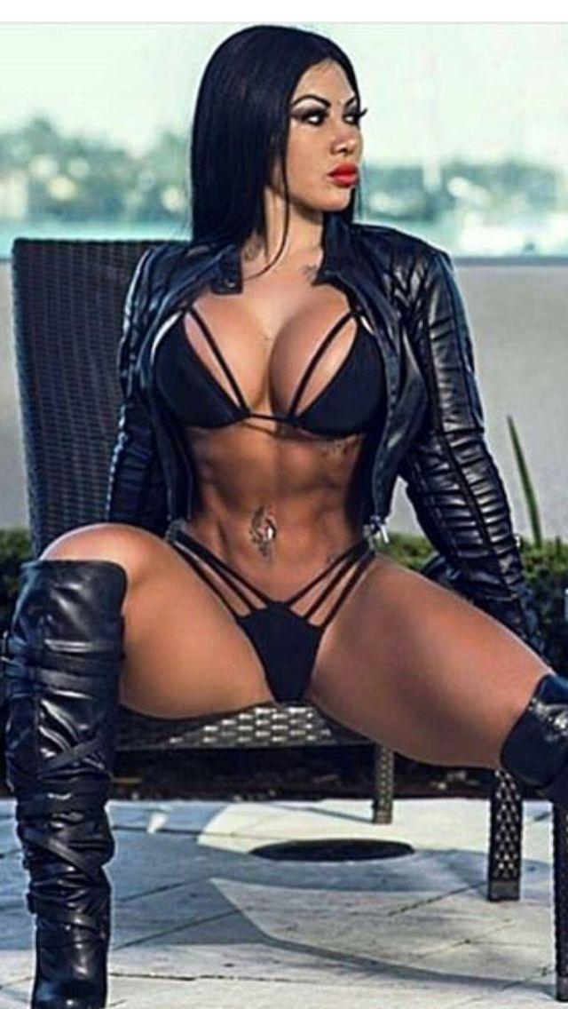 Sandra bullock nude and sexy