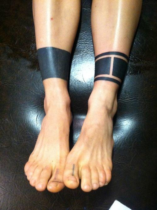 tatouage polynesien cheville homme