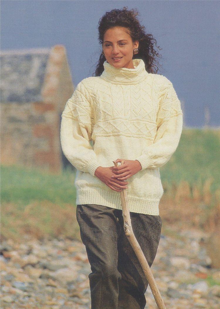5a314676d Womens Aran Sweater Knitting Pattern PDF Ladies 32 - 34