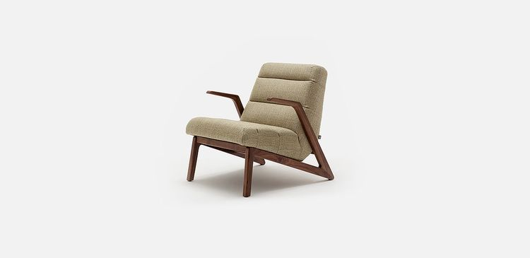 Bild rolf benz 240 Sofa Rolf Benz 580 Armchair Oak Or Walnut Wooden Frame Inspired By The Aesthetics Of The Art Of Paper Folding Origami The Upholstery Accentuated With Sofas Couches Designer Rolf Benz 580 Armchair Oak Or Walnut Wooden Frame Inspir