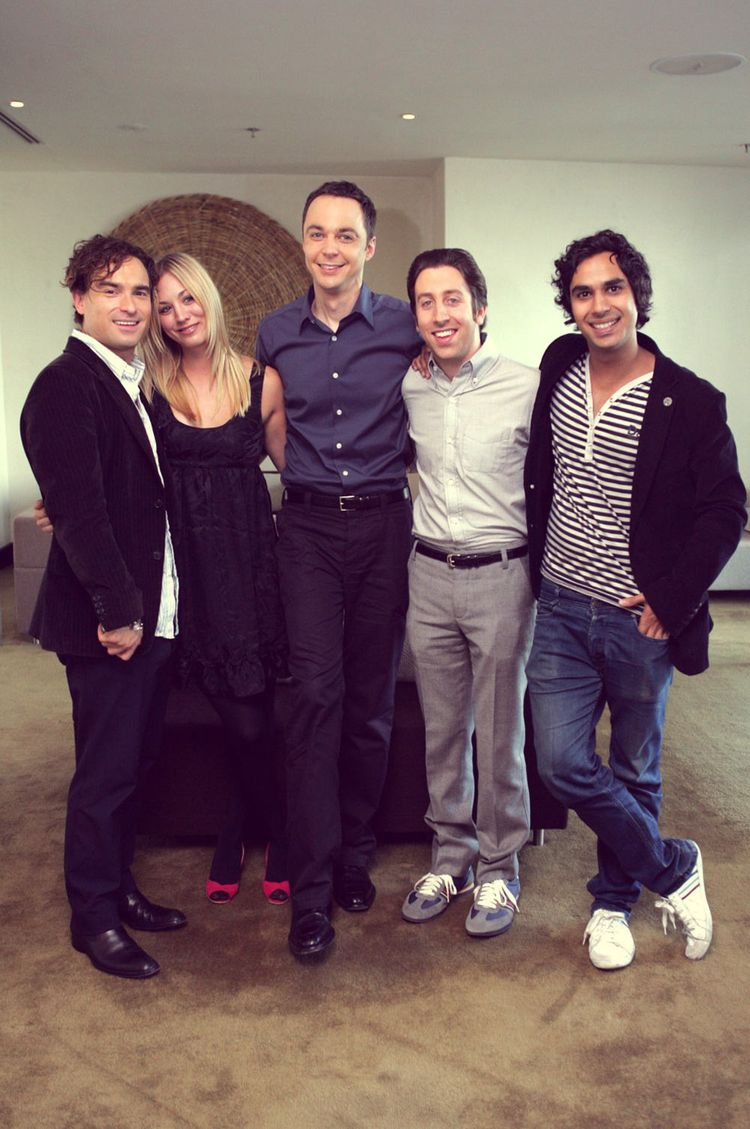 """fairytaleasoldastime: """" The Big Bang Theory Cast """" woah when was this?"""