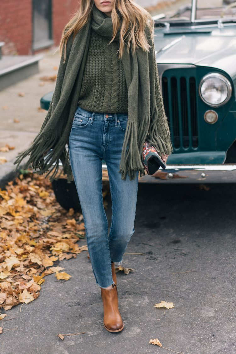 Jess Ann Kirby styles a Thanksgiving look with Mother jeans and Kork-Ease booties
