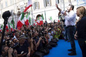 Salvini participa de protesto contra novo governo esquerdista da Itália