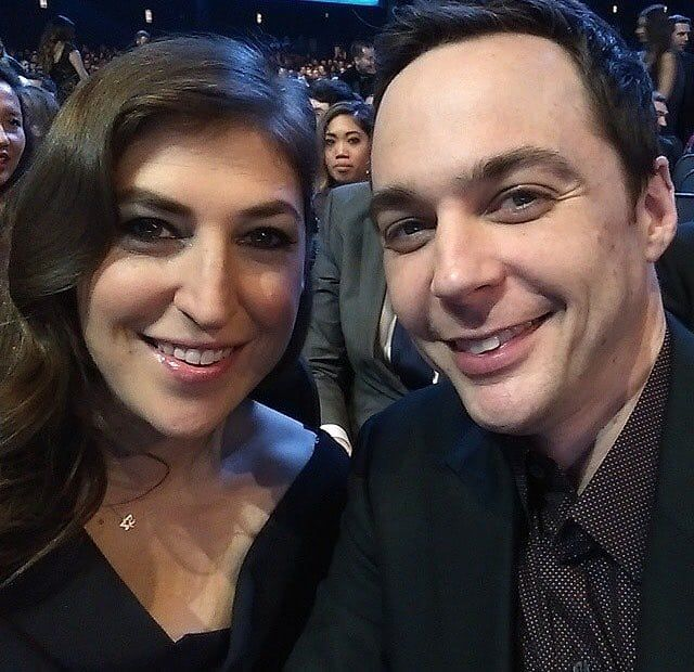 """The Big BangTheory on Instagram: """"Another Picture of Jim and Mayim! 👌 . . . #thebigbangtheory #tbbt #tvshow #sheldoncooper #leonerdhofstadter #burnadette #comedy…"""""""