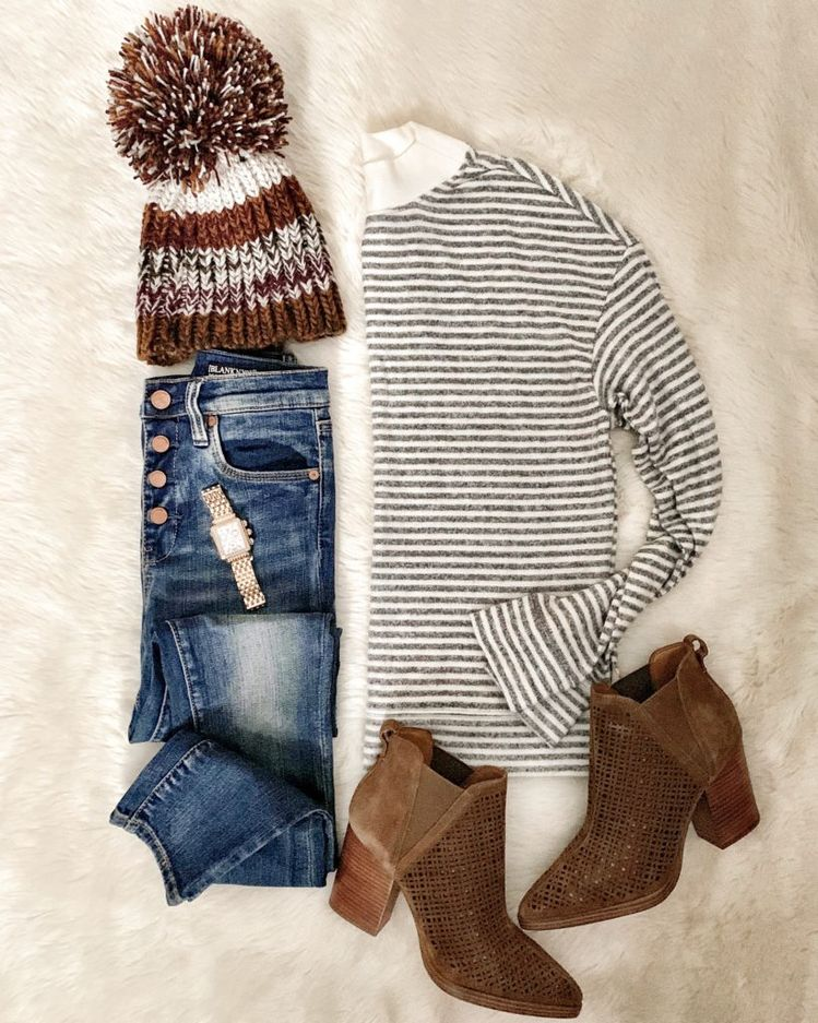 IG: @mrscasual | Stripe top, button up jeans, booties, & beanie