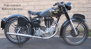 Like all Matchless & AJS Motorcycles, the Matchless G80 & the AJS Model 18 were mechanically identical, just varied cosmetically.
