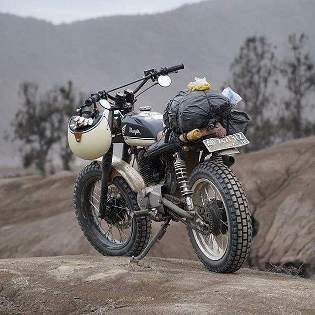 "klassikkustoms: ""#Honda #tracker #scrambler "" My idea of adventure time!"