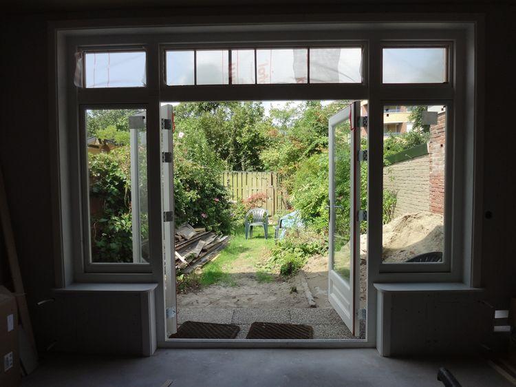 Breedte Openslaande Deuren : Bij openslaande deuren kun je uitstekend houten jaloezieën