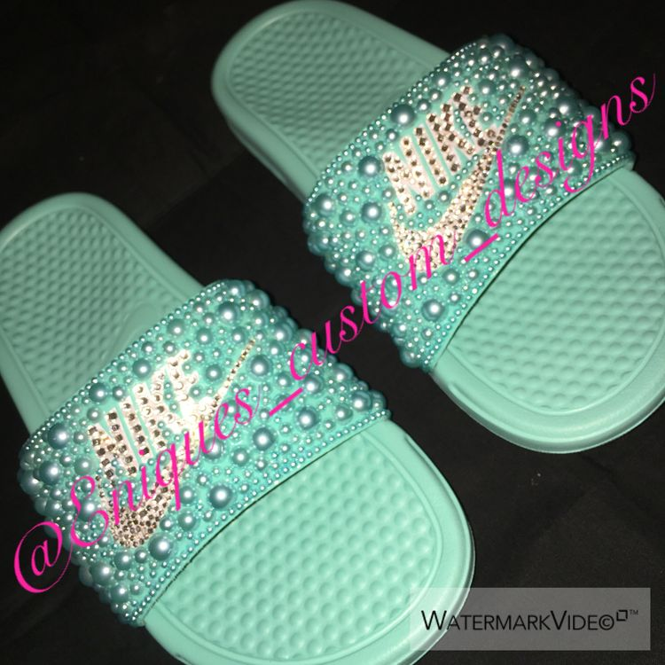 f8138e2665ab89 Blinged Nike slides done by your truly ✨Enique✨
