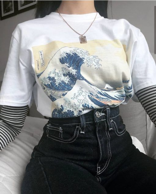 Great Wave Off Kanagawa Tsunami Japaneses Art Painting T-shirt – Kiss Me Bang Bang