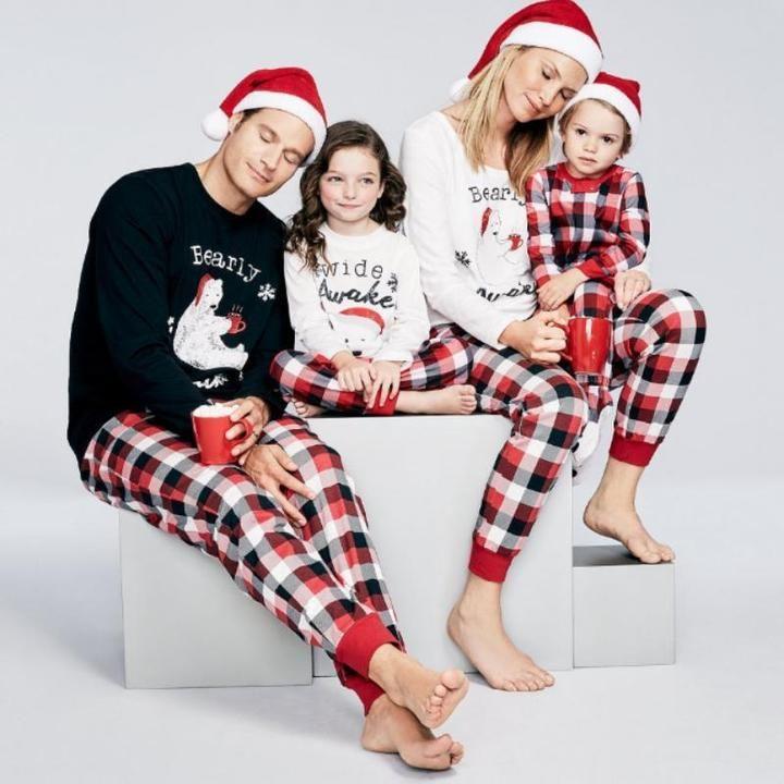 Matching Christmas Pajamas for Family - Sleepy Parents bfc083823