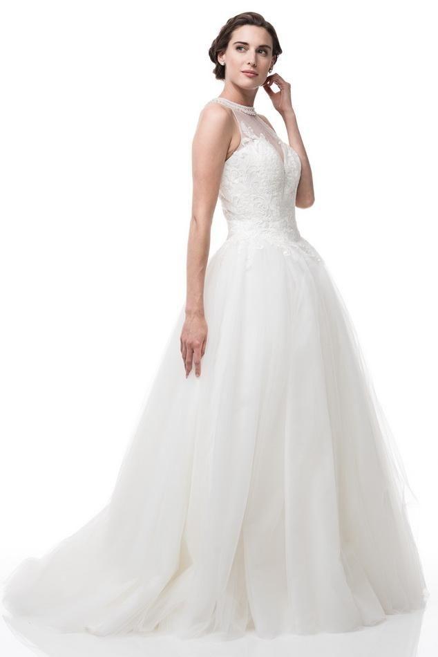 c044b757e19 Sleeveless Ball Gown Wedding Dress