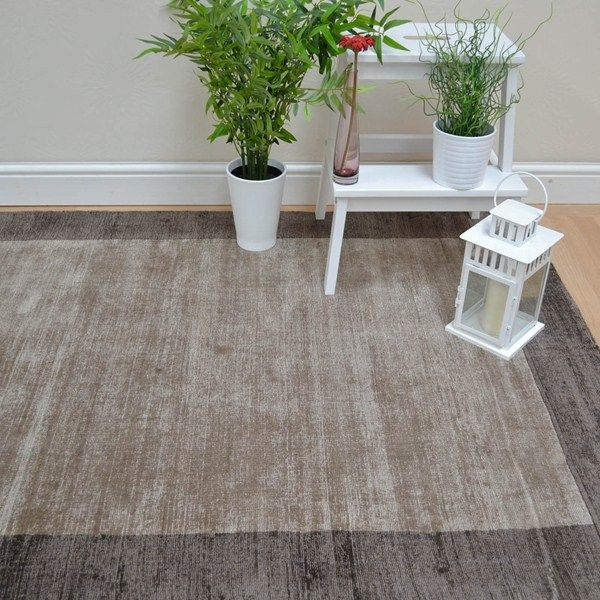 Blade Border Rugs Have A Beautiful Mocha Beige Coloured Plain Pile With Stunning Chocolate Brown This Stylish Rug Features Shimmering
