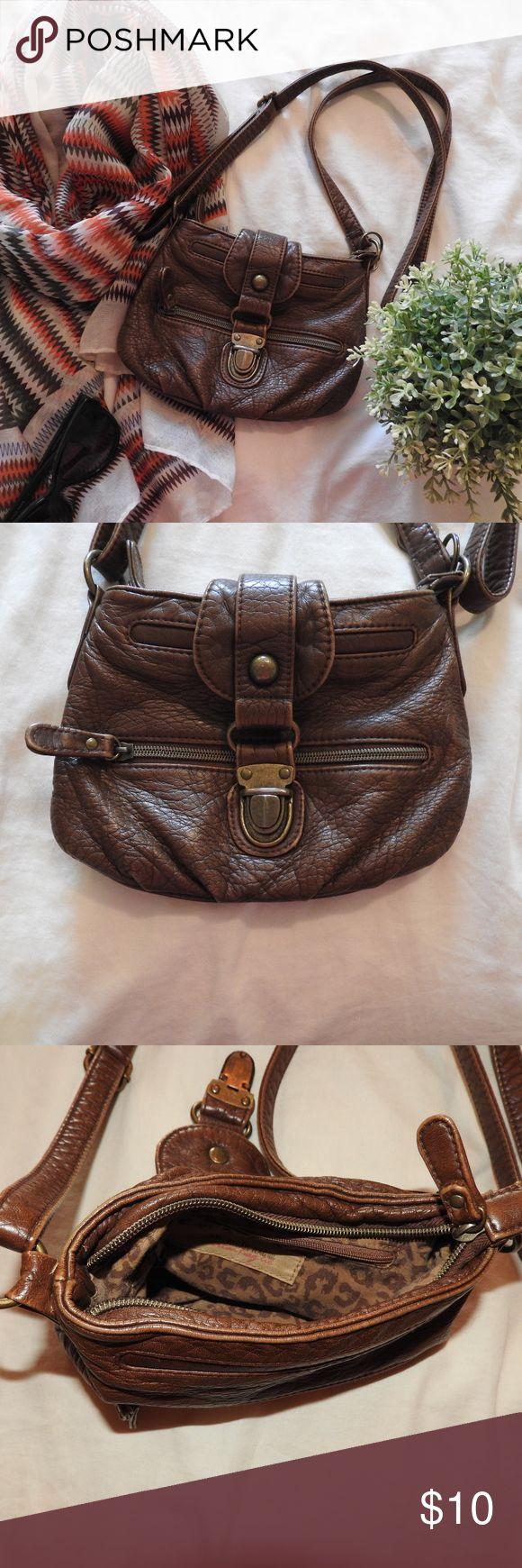 American Rag Crossbody Ecu Brown Vegan Leather Bag Zippered Tp With Inside Pocket
